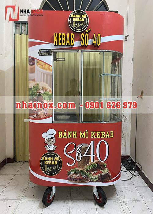 Xe bánh mì kebab kính cong, chữ nổi đèn sáng